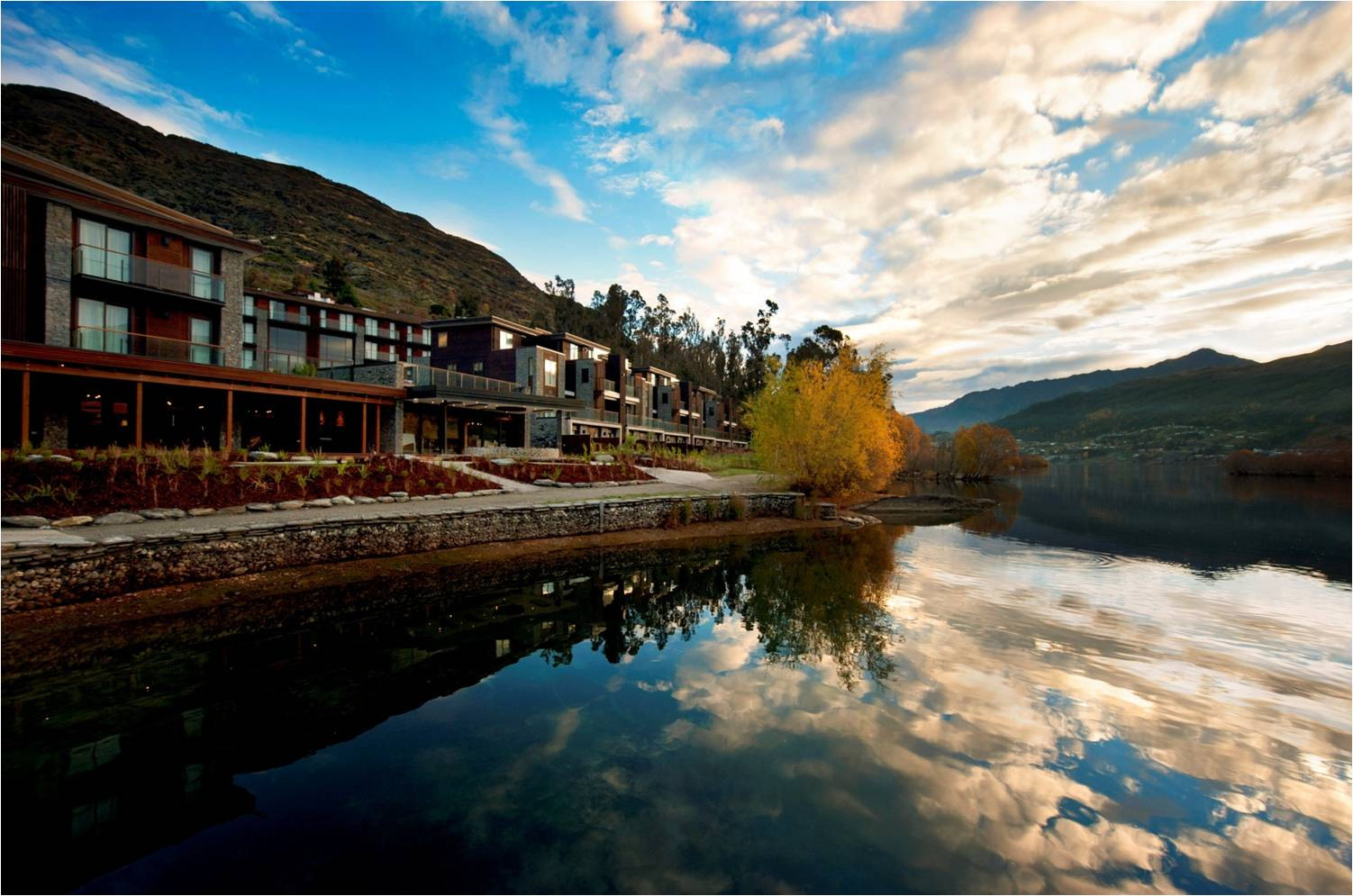 The Luxurious Hilton Hotel in Queenstown, New Zealand